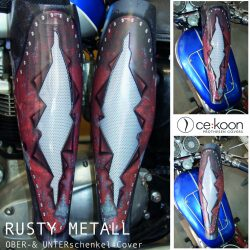 post rusty metall